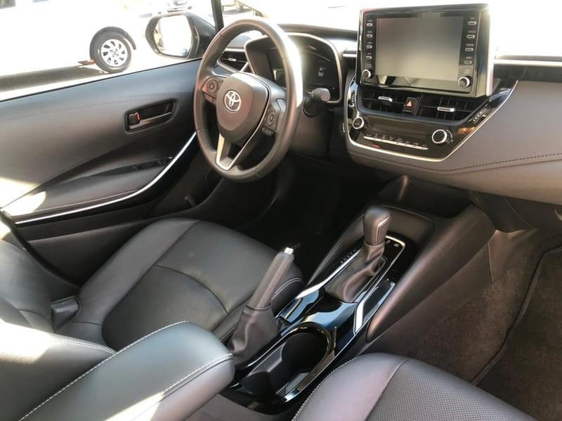 //www.autoline.com.br/carro/toyota/corolla-18-altis-hybrid-16v-flex-4p-cvt/2020/londrina-pr/15074891