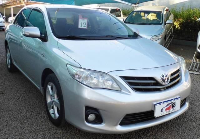 //www.autoline.com.br/carro/toyota/corolla-20-xei-16v-flex-4p-automatico/2012/tres-lagoas-ms/15103149