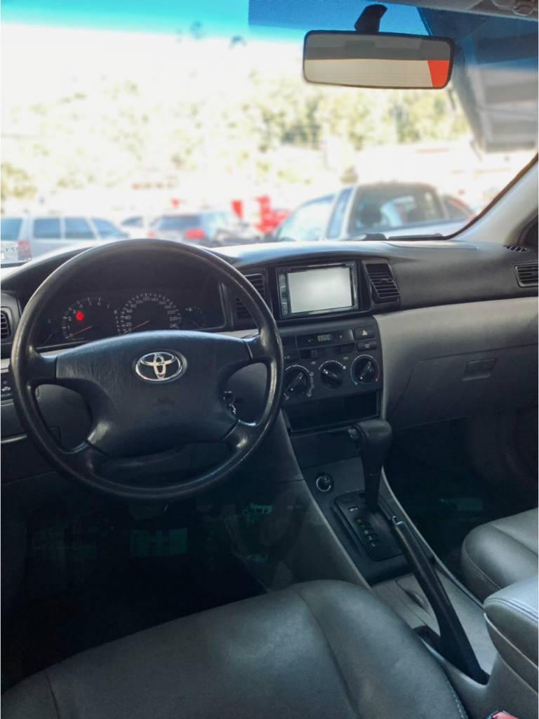 //www.autoline.com.br/carro/toyota/corolla-18-xei-16v-gasolina-4p-automatico/2006/blumenau-sc/15121516