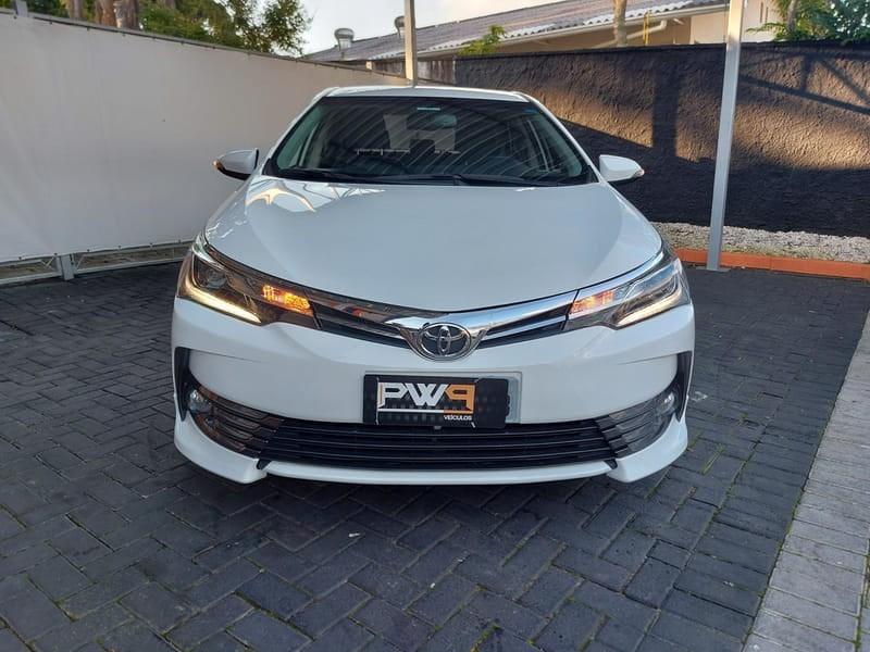 //www.autoline.com.br/carro/toyota/corolla-20-xrs-16v-flex-4p-automatico/2019/curitiba-pr/15133700