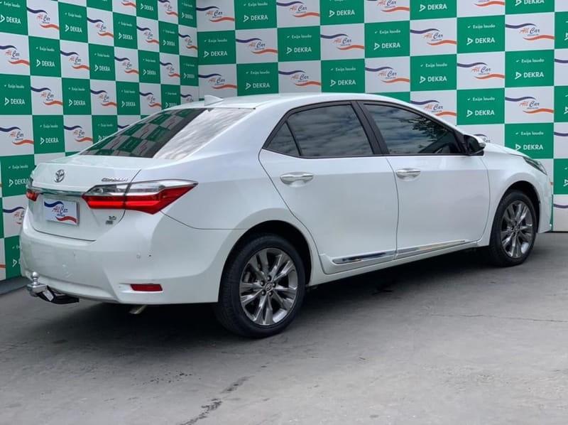 //www.autoline.com.br/carro/toyota/corolla-20-xei-16v-flex-4p-automatico/2018/varzea-grande-mt/15153537