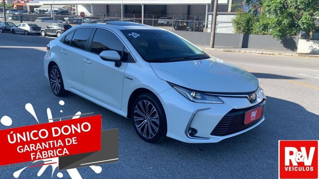 //www.autoline.com.br/carro/toyota/corolla-18-altis-premium-hybrid-16v-flex-4p-cvt/2020/sao-jose-sc/15178463