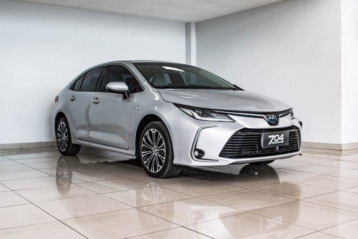 //www.autoline.com.br/carro/toyota/corolla-18-altis-hybrid-16v-flex-4p-cvt/2020/brasilia-df/15180076