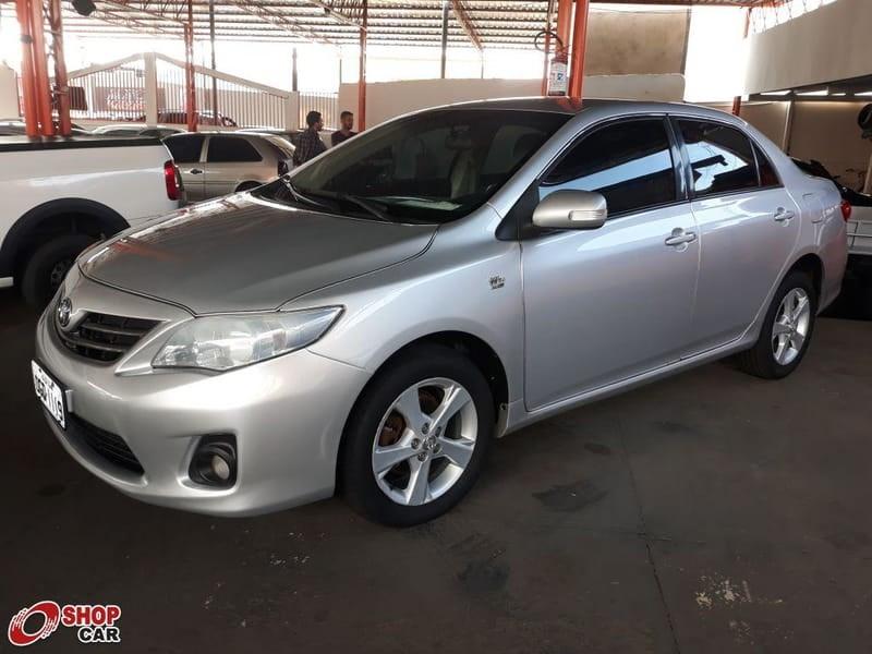 //www.autoline.com.br/carro/toyota/corolla-20-xei-16v-flex-4p-automatico/2013/campo-grande-ms/15216803