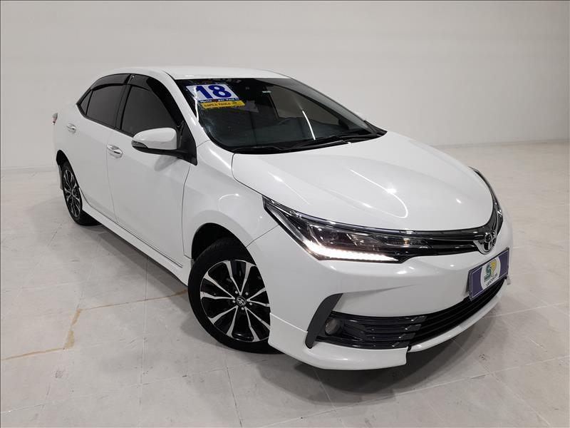 //www.autoline.com.br/carro/toyota/corolla-20-xrs-16v-flex-4p-automatico/2018/sao-paulo-sp/15229914