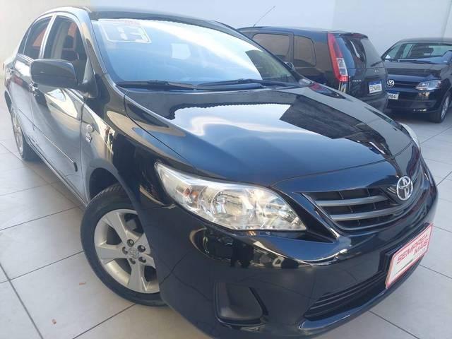 //www.autoline.com.br/carro/toyota/corolla-18-gli-16v-flex-4p-automatico/2013/sao-paulo-sp/15266666