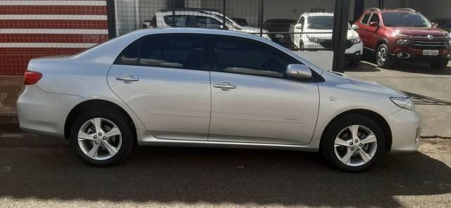 //www.autoline.com.br/carro/toyota/corolla-20-xei-16v-flex-4p-automatico/2012/patrocinio-mg/15549257