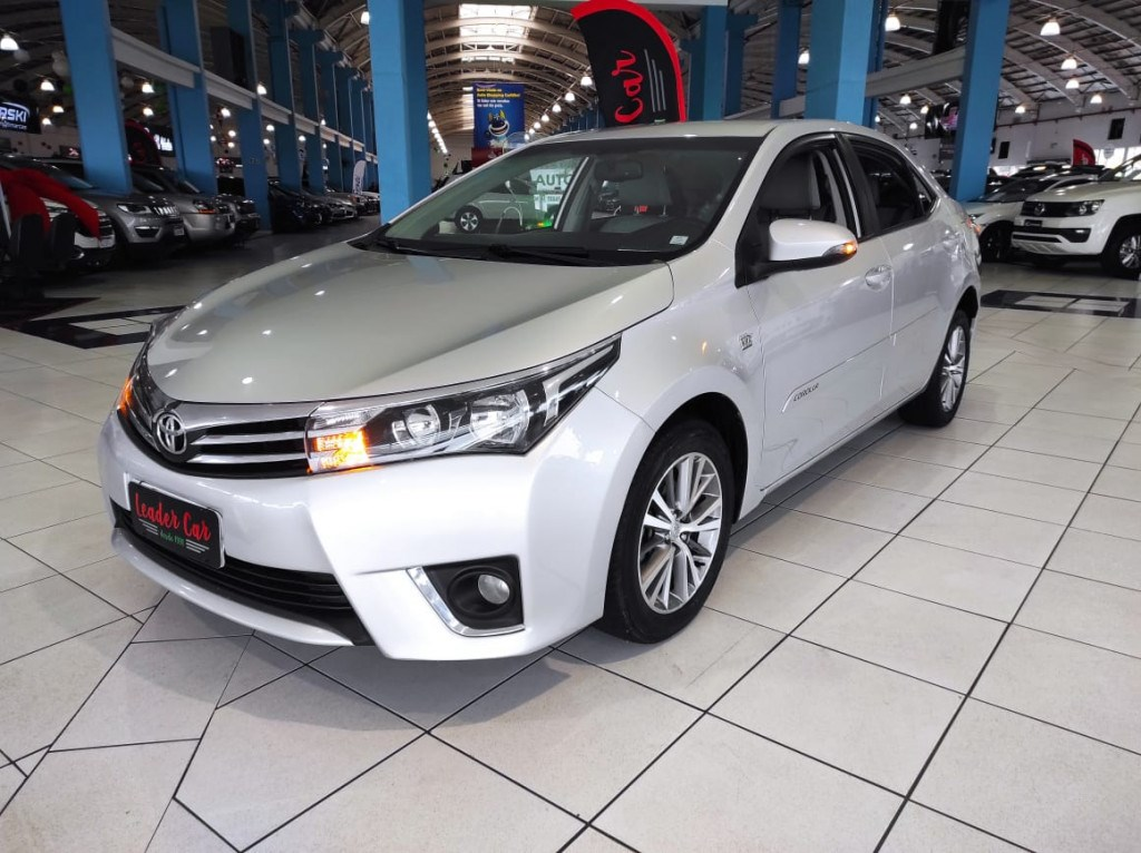 //www.autoline.com.br/carro/toyota/corolla-20-xei-16v-flex-4p-automatico/2015/curitiba-pr/15588636