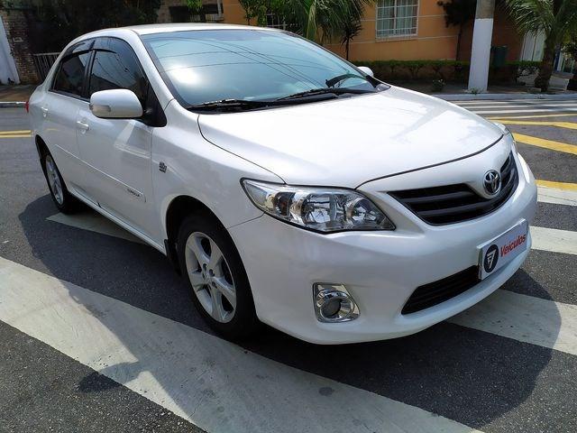 //www.autoline.com.br/carro/toyota/corolla-20-xei-16v-flex-4p-automatico/2013/sao-paulo-sp/15658402