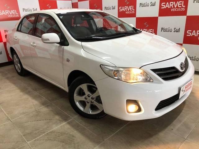 //www.autoline.com.br/carro/toyota/corolla-20-xei-16v-flex-4p-automatico/2013/brasilia-df/15670346