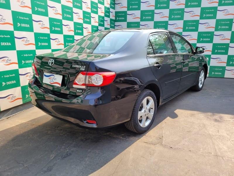 //www.autoline.com.br/carro/toyota/corolla-20-xei-16v-flex-4p-automatico/2013/varzea-grande-mt/15686444