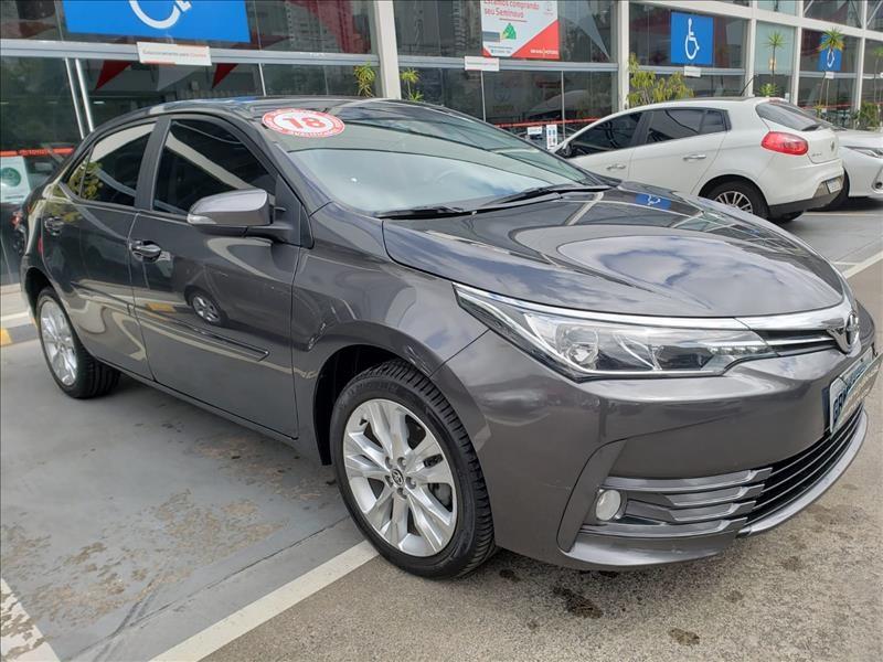 //www.autoline.com.br/carro/toyota/corolla-20-xei-16v-flex-4p-automatico/2018/sao-paulo-sp/15696164