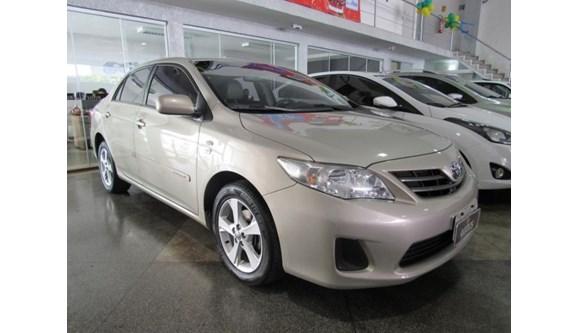 //www.autoline.com.br/carro/toyota/corolla-18-gli-16v-flex-4p-automatico/2014/brasilia-df/5490882