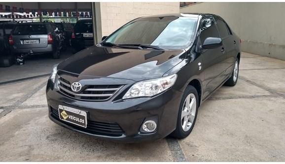 //www.autoline.com.br/carro/toyota/corolla-18-gli-16v-flex-4p-manual/2014/catanduva-sp/7047038