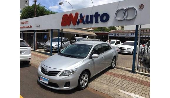 //www.autoline.com.br/carro/toyota/corolla-18-gli-16v-flex-4p-automatico/2014/chapeco-sc/7065842