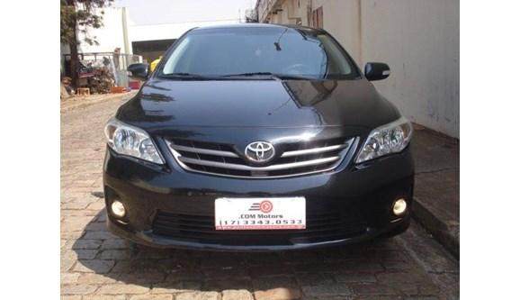 //www.autoline.com.br/carro/toyota/corolla-20-xei-16v-flex-4p-automatico/2013/bebedouro-sp/6352080
