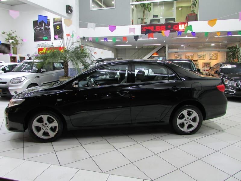 //www.autoline.com.br/carro/toyota/corolla-20-xei-16v-flex-4p-automatico/2013/sao-paulo-sp/8954383