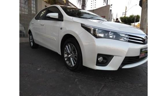 //www.autoline.com.br/carro/toyota/corolla-20-xei-16v-flex-4p-automatico/2015/catanduva-sp/9129758