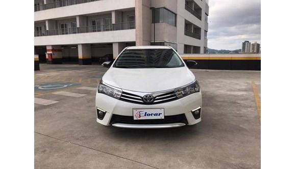 //www.autoline.com.br/carro/toyota/corolla-20-xei-16v-flex-4p-automatico/2017/osasco-sp/9801692