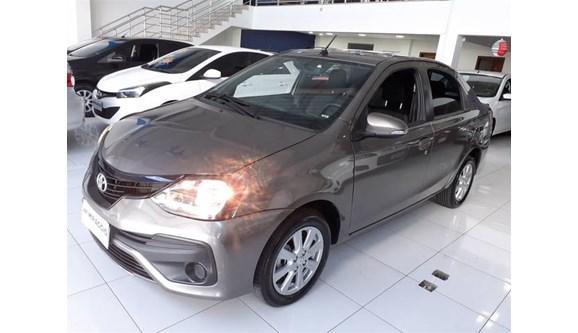 //www.autoline.com.br/carro/toyota/etios-15-x-plus-16v-sedan-flex-4p-automatico/2019/hortolandia-sp/11044375