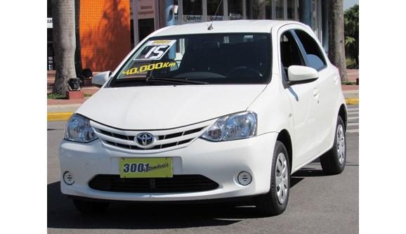 //www.autoline.com.br/carro/toyota/etios-15-xs-16v-flex-4p-manual/2015/santo-andre-sp/11217465