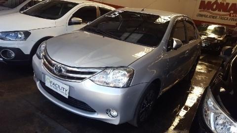 //www.autoline.com.br/carro/toyota/etios-15-hatch-platinum-16v-flex-4p-manual/2015/nova-iguacu-rj/11757317