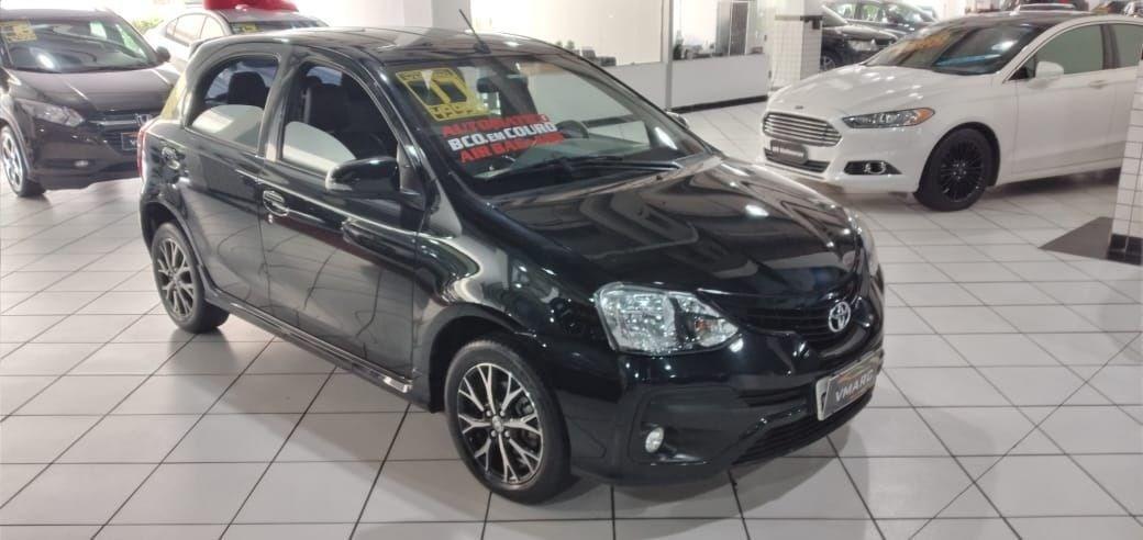 //www.autoline.com.br/carro/toyota/etios-15-platinum-16v-flex-4p-automatico/2017/sao-paulo-sp/12251912