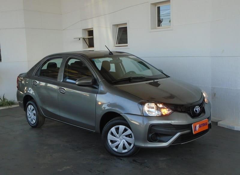//www.autoline.com.br/carro/toyota/etios-15-x-16v-sedan-flex-4p-manual/2020/brasilia-df/12303650