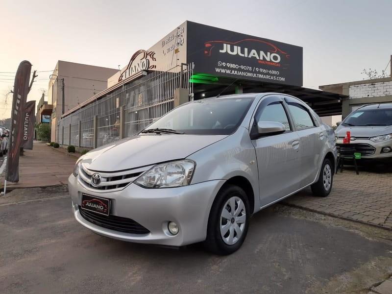 //www.autoline.com.br/carro/toyota/etios-15-xs-16v-sedan-flex-4p-manual/2014/novo-hamburgo-rs/12404509