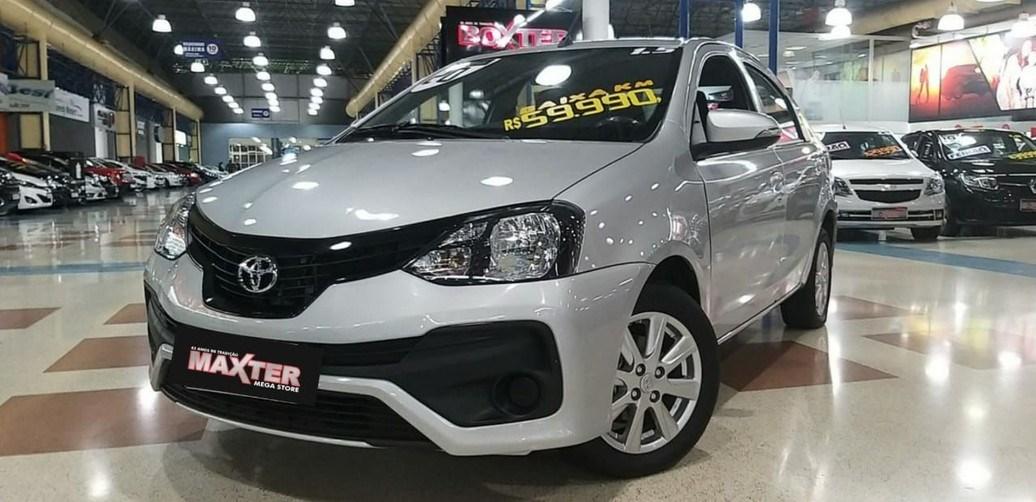 //www.autoline.com.br/carro/toyota/etios-15-x-plus-16v-sedan-flex-4p-automatico/2020/sao-paulo-sp/12445588