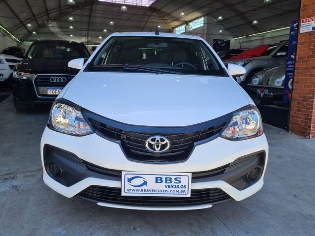 //www.autoline.com.br/carro/toyota/etios-15-x-16v-sedan-flex-4p-manual/2020/sao-paulo-sp/12793271