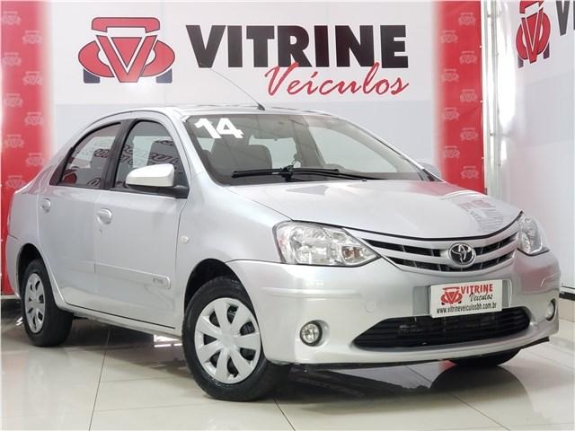 //www.autoline.com.br/carro/toyota/etios-15-xs-16v-sedan-flex-4p-manual/2014/belo-horizonte-mg/12958341