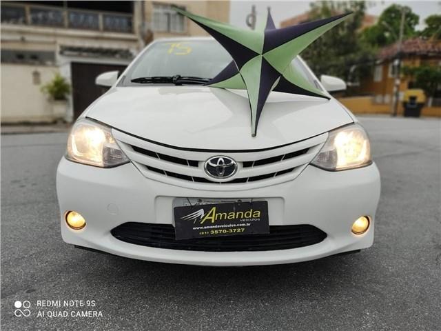 //www.autoline.com.br/carro/toyota/etios-15-x-16v-sedan-flex-4p-manual/2015/rio-de-janeiro-rj/13295113