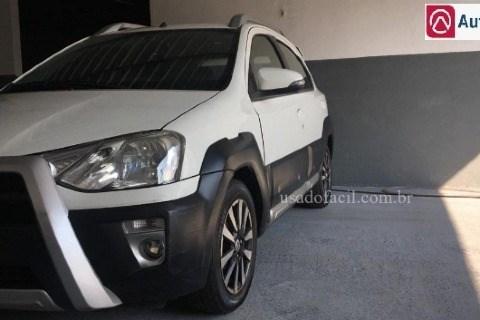 //www.autoline.com.br/carro/toyota/etios-15-cross-16v-flex-4p-manual/2014/varzea-grande-mt/13355493