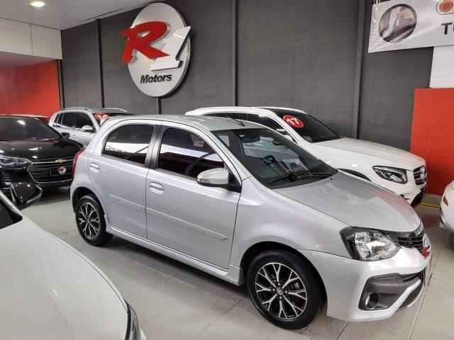 //www.autoline.com.br/carro/toyota/etios-15-platinum-16v-flex-4p-automatico/2019/sao-paulo-sp/13469483
