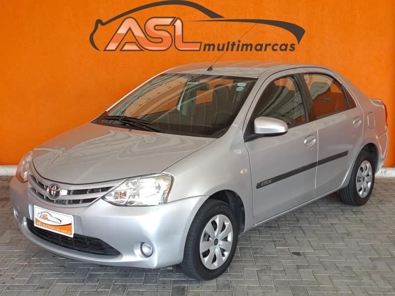 //www.autoline.com.br/carro/toyota/etios-15-xs-16v-sedan-flex-4p-manual/2014/curitiba-pr/13475576