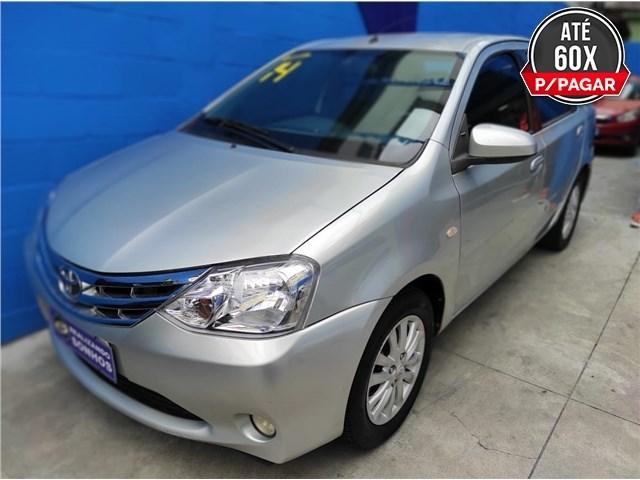 //www.autoline.com.br/carro/toyota/etios-15-xls-16v-sedan-flex-4p-manual/2014/rio-de-janeiro-rj/13573017