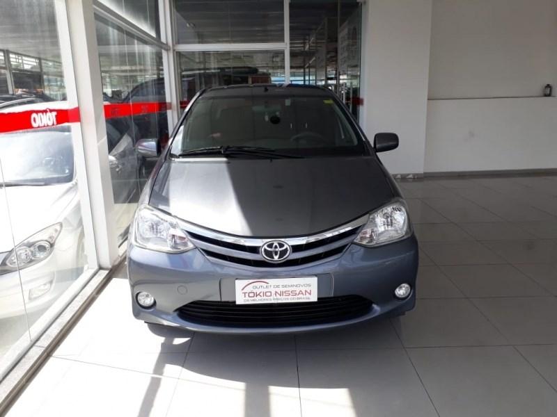 //www.autoline.com.br/carro/toyota/etios-15-xls-16v-sedan-flex-4p-manual/2013/sao-bernardo-do-campo-sp/13589106