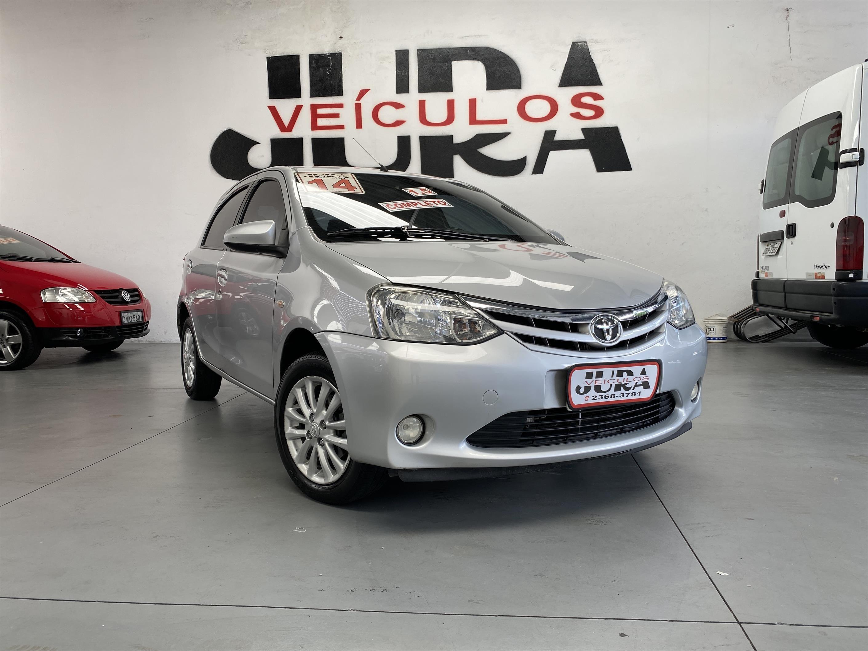 //www.autoline.com.br/carro/toyota/etios-15-xls-16v-flex-4p-manual/2014/sao-paulo-sp/13593957