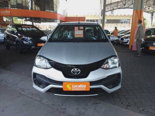 //www.autoline.com.br/carro/toyota/etios-15-sedan-x-plus-16v-flex-4p-automatico/2020/sao-paulo-sp/13774621