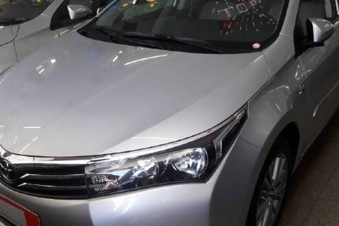 //www.autoline.com.br/carro/toyota/etios-13-hatch-x-16v-flex-4p-automatico/2017/duque-de-caxias-rj/13923017
