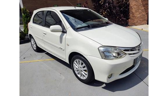 //www.autoline.com.br/carro/toyota/etios-15-hatch-xls-16v-flex-4p-manual/2013/campinas-sp/14003063