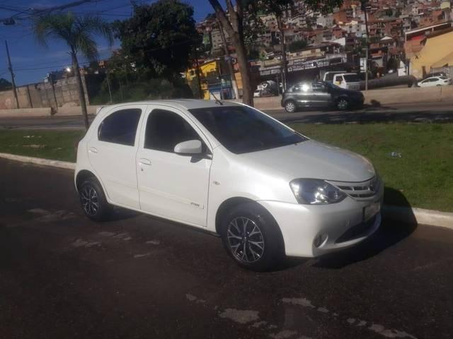 //www.autoline.com.br/carro/toyota/etios-13-hatch-x-16v-flex-4p-manual/2017/sao-paulo-sp/14024088