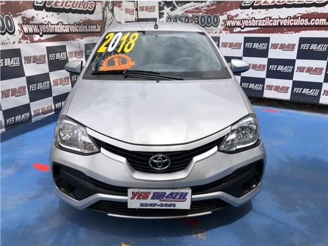 //www.autoline.com.br/carro/toyota/etios-15-sedan-xs-16v-flex-4p-manual/2018/rio-de-janeiro-rj/14045977