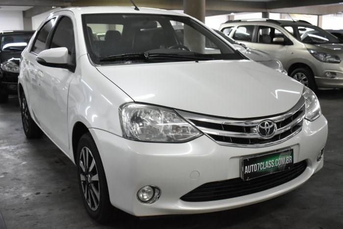 //www.autoline.com.br/carro/toyota/etios-15-sedan-platinum-16v-flex-4p-manual/2015/sorocaba-sp/14350824
