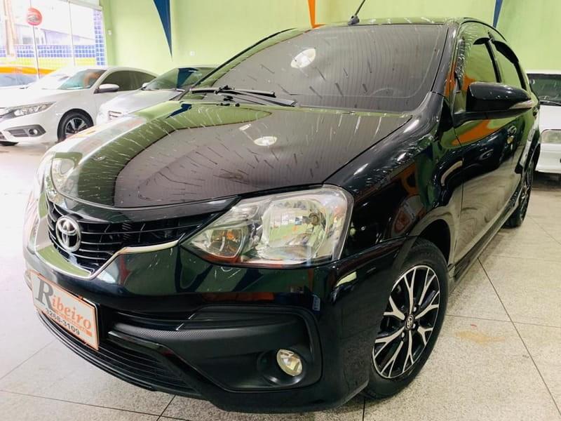//www.autoline.com.br/carro/toyota/etios-15-sedan-platinum-16v-flex-4p-automatico/2018/campinas-sp/14361559