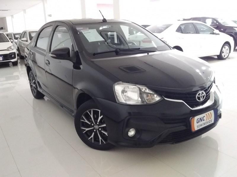//www.autoline.com.br/carro/toyota/etios-15-sedan-platinum-16v-flex-4p-automatico/2018/salvador-ba/14407504