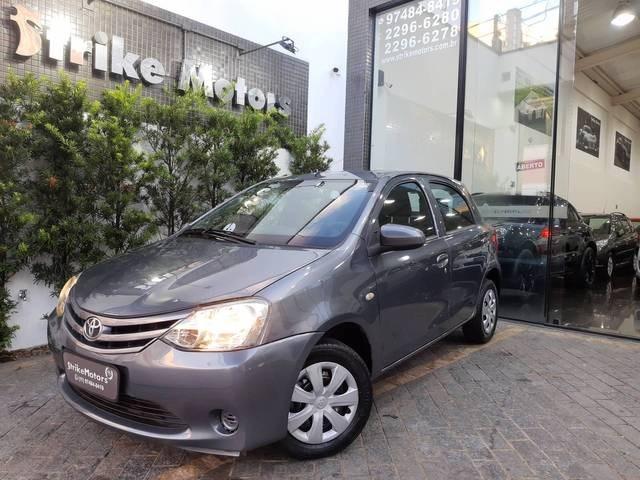 //www.autoline.com.br/carro/toyota/etios-13-hatch-x-16v-flex-4p-manual/2014/sao-paulo-sp/14529079