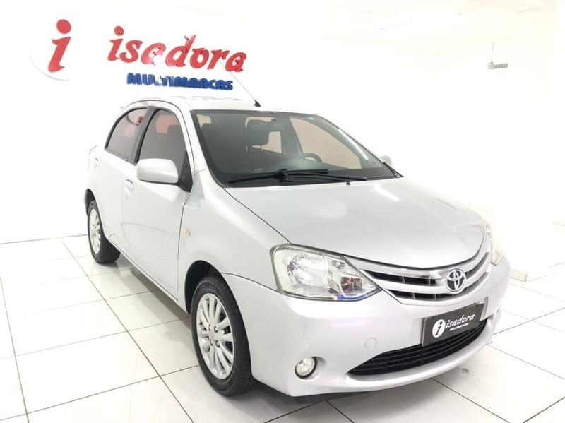 //www.autoline.com.br/carro/toyota/etios-15-hatch-xls-16v-flex-4p-manual/2013/cascavel-pr/14567113