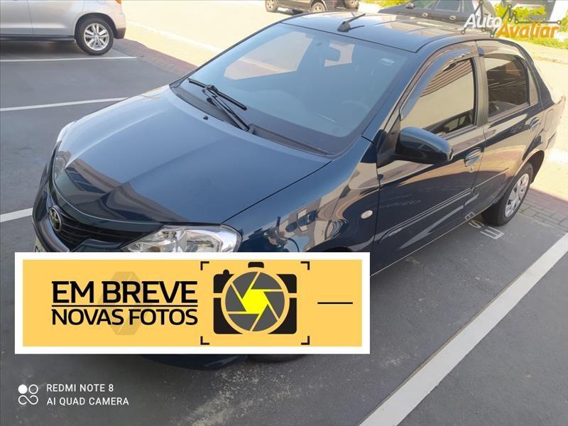 //www.autoline.com.br/carro/toyota/etios-15-hatch-xs-16v-flex-4p-manual/2018/santos-sp/14610856